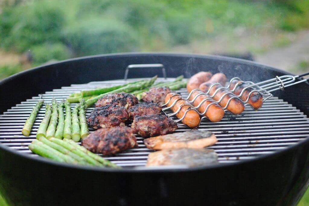 Food Safety | BBQ Grilling Tips | Nutrition Nuptials | Mandy Enright MS RDN RYT |